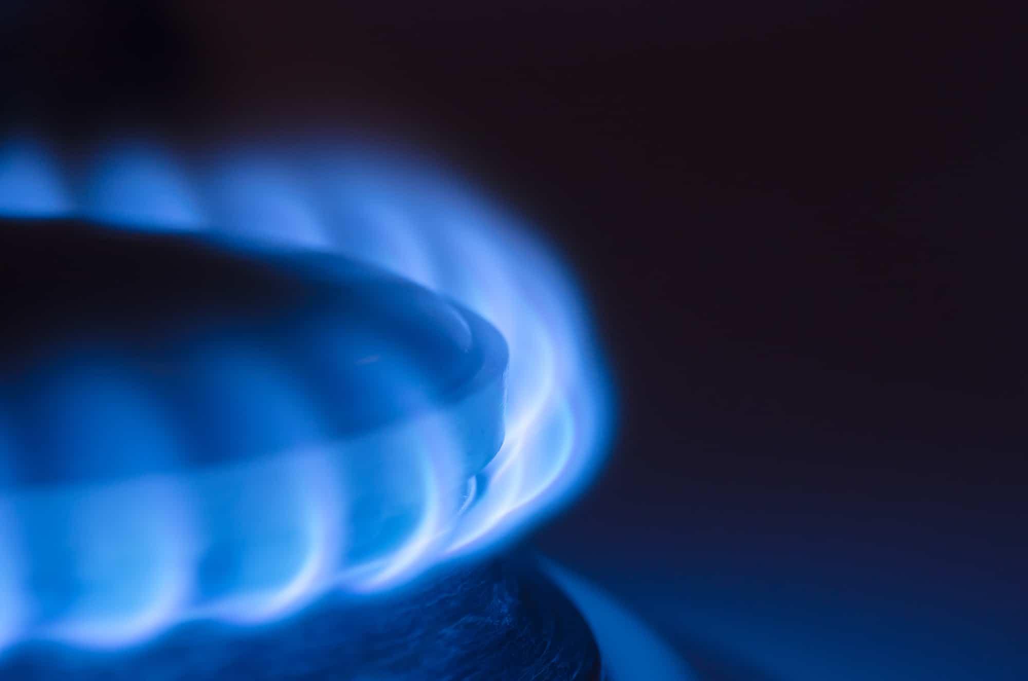 Diagnostic gaz, avant vente et avant location. Flamme d'appareil au gaz. Lyon, Villeurbanne, Venissieux, Feyzin, saint-fons